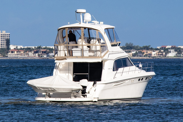 2001Sea Ray 48 ft 480 Sedan Bridge   Breeze Booster