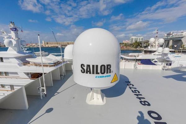 V SAT Sailor (NEW 2017)