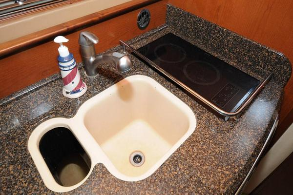 Galley Sink, Cooktop, Integrated Trashbin