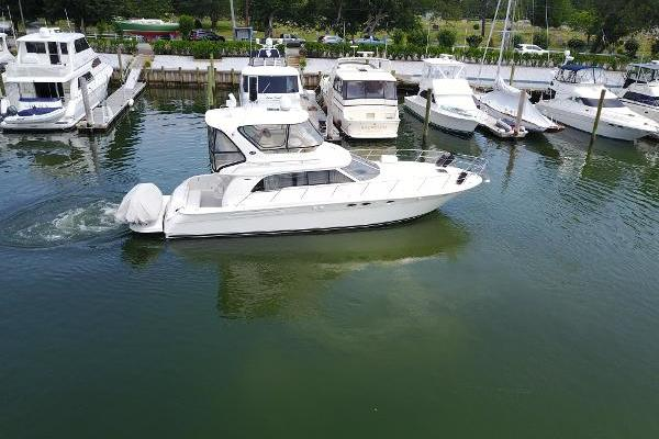 Picture Of: 48' Sea Ray 2004 Yacht For Sale | 3 of 18