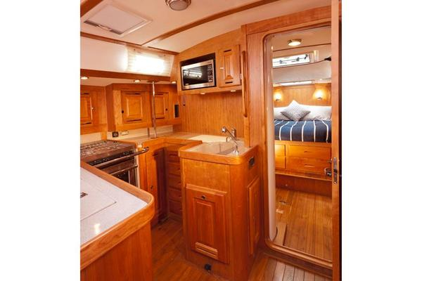 2020 Tartan 47' 4700    Picture 5 of 19