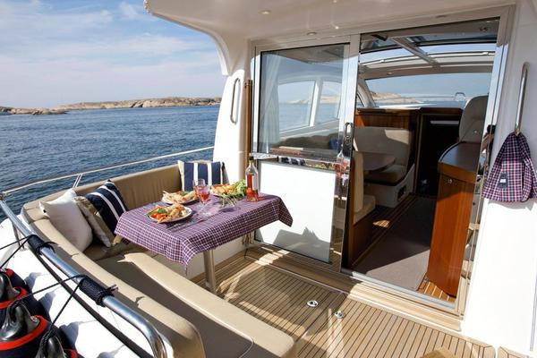 Picture Of: 38' Nimbus 365 Coupe 2020 Yacht For Sale | 4 of 10
