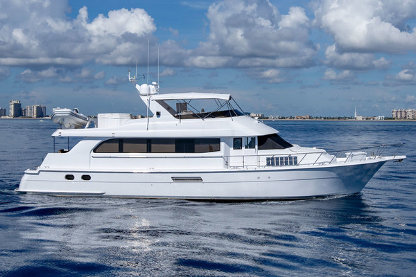 Picture Of: 75' Hatteras Cockpit Motor Yacht 2000 Yacht For Sale | 4 of 59