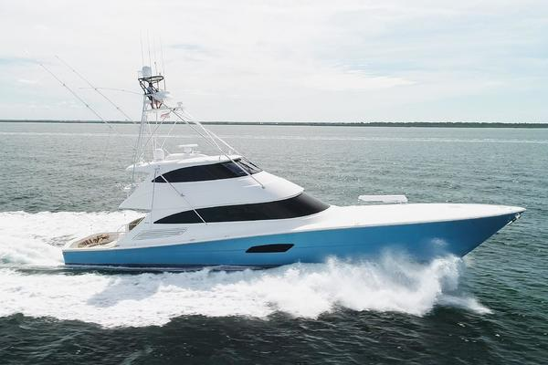 92' Viking Enclosed Bridge 2015 | 2015 92 VIKING