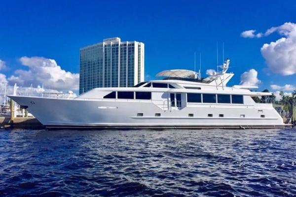 100' Broward Raised Pilothouse 2000 | No Vacancy