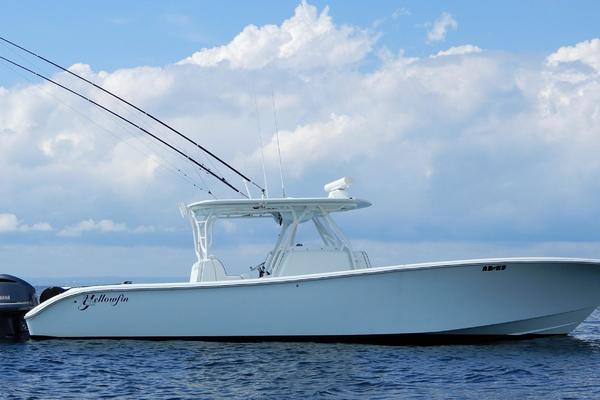 39' Yellowfin 39 2014 | ADHD