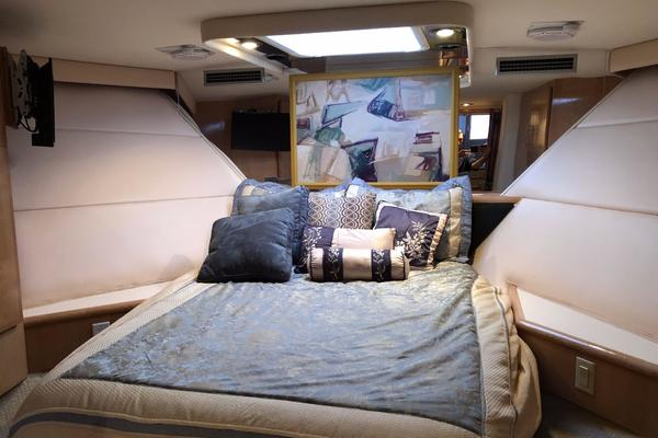 1994 Hatteras 54' 54 Convertible Sophia Marie | Picture 3 of 35