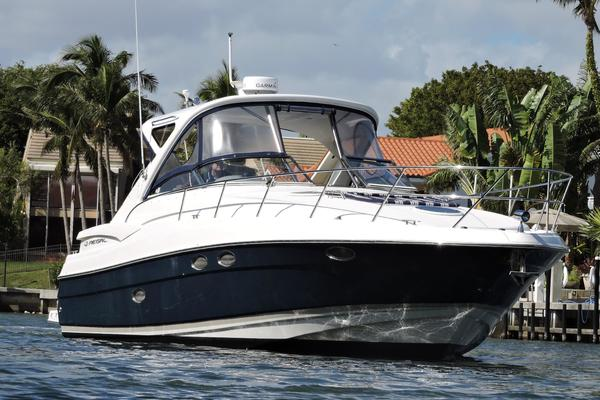 38' Regal Commodore 2008 | WATERSTREET