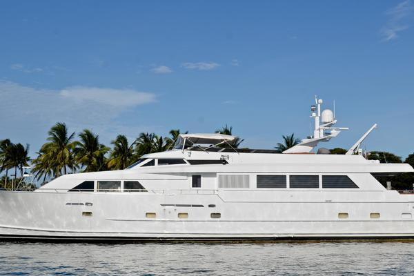 105' Broward Raised Bridge Motor Yacht 1990 | Audacity