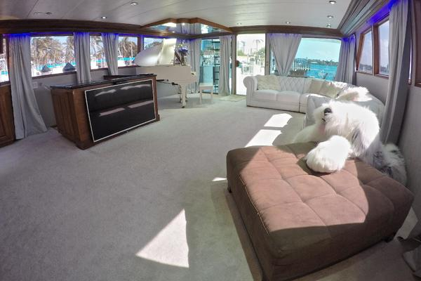 1989Broward 104 ft Cockpit Motor Yacht   ISABELLA