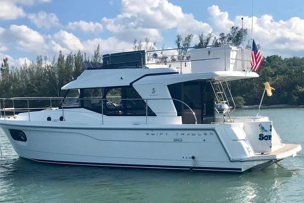 30' Beneteau 30 Swift Trawler 2016 | 5 O'clock Somewhere