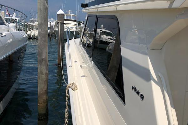 1991Viking 50 ft 50 Convertible   My Girls