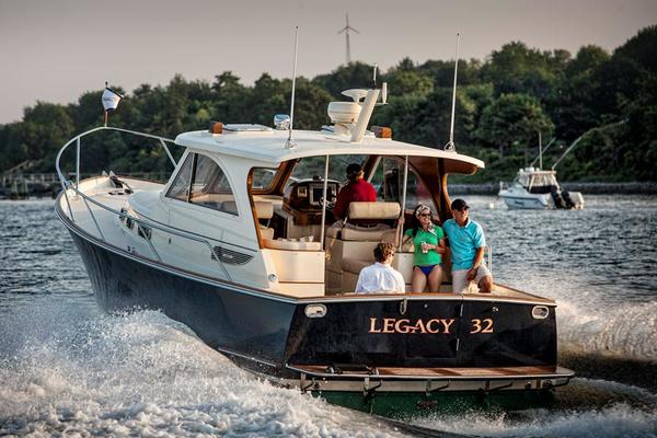 Picture Of: 32' Legacy 32 2021 Yacht For Sale | 3 of 7