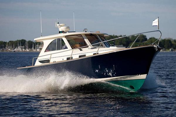Picture Of: 32' Legacy 32 2021 Yacht For Sale | 2 of 7