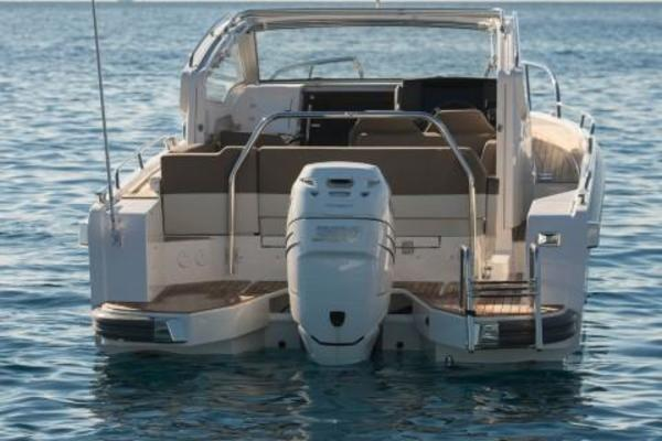 Picture Of: 30' Nimbus W9 2020 Yacht For Sale | 4 of 6
