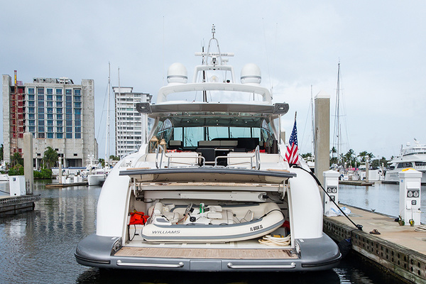 2007 Mangusta 80'  COAL BLOODED | Picture 8 of 44