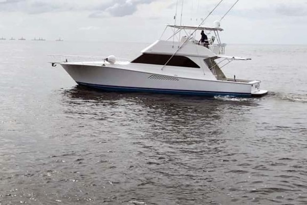 Picture Of: 55' Viking 55 Convertible 2004 Yacht For Sale | 3 of 63
