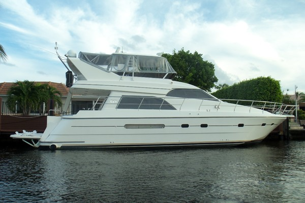 55' Neptunus Sedan Cruiser - 3 Sr, Tnt Lift 1999 | I Love Fun
