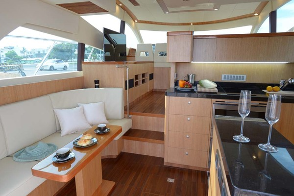 2020 Dyna Yachts 52' Flybridge  | Picture 2 of 18