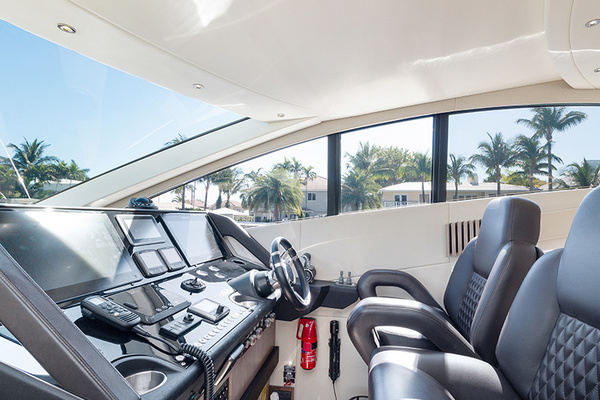 2014 Sunseeker 68' Sport  LONG WAY ROUND   Picture 7 of 36