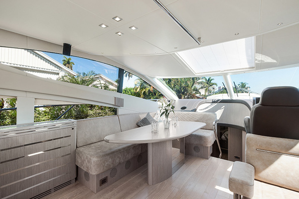 2014 Sunseeker 68' Sport  LONG WAY ROUND   Picture 6 of 36