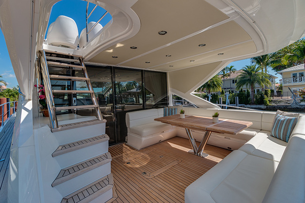 2014 Sunseeker 68' Sport  LONG WAY ROUND   Picture 5 of 36