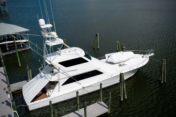 65' Viking 65 Enclosed Bridge Convertible 2001 | Talk'n Trash