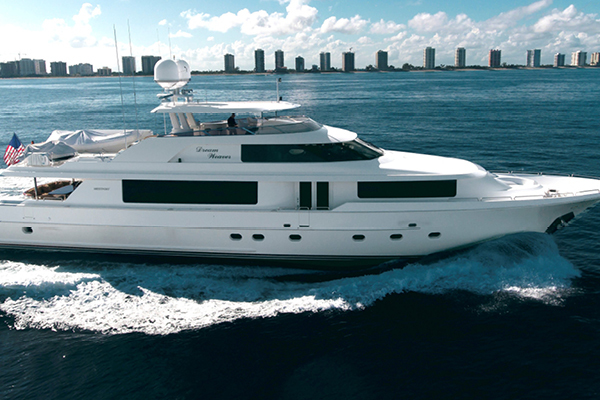 112' Westport 112 Westport 2006 | Dream Weaver