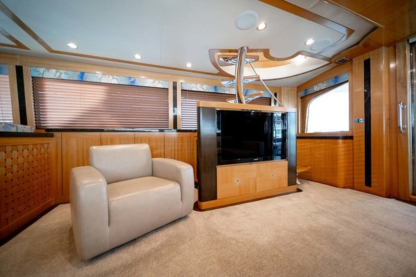 2010 Sea Force IX 92' Sport Fisherman Silky | Picture 7 of 80