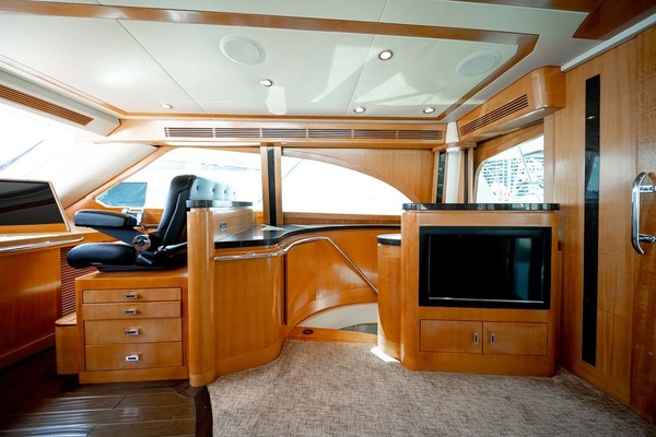 2010 Sea Force IX 92' Sport Fisherman Silky | Picture 6 of 80