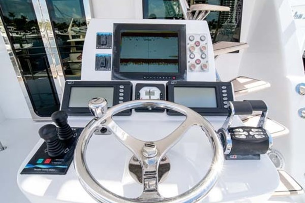 2010 Sea Force IX 92' Sport Fisherman Silky | Picture 3 of 80