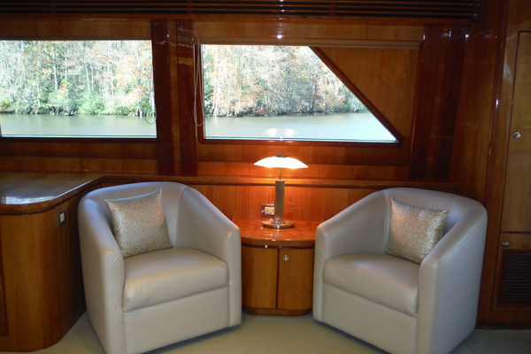 Picture Of: 82' Hargrave Flybridge Motor Yacht 2001 Yacht For Sale | 4 of 74