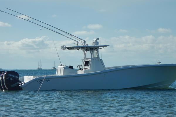 This 2012 36' Yellowfin 36 for sale - SYS Yacht Sales