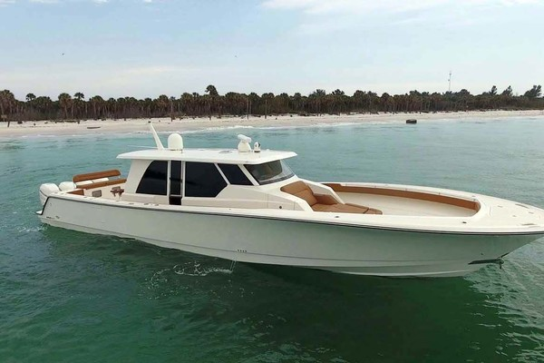 Starboard Profile White