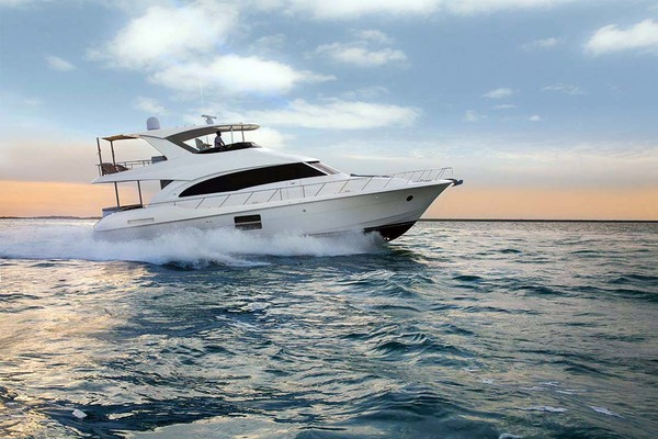 2020 Hatteras 60' M60  | Picture 2 of 18