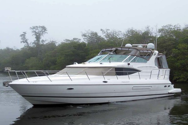 50' Cruisers Yachts 4450 2002 | Sea-renity