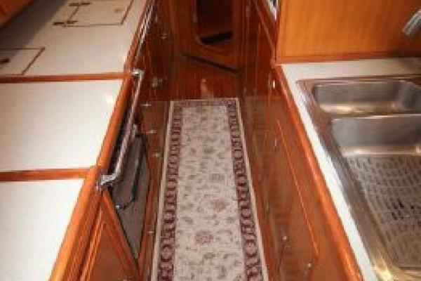 1999 Hylas 54' RS Twilight | Picture 6 of 13