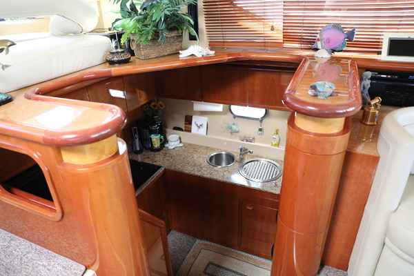 Picture Of: 57' Ferretti Yachts 57 Motor Yacht 2001 Yacht For Sale | 4 of 70