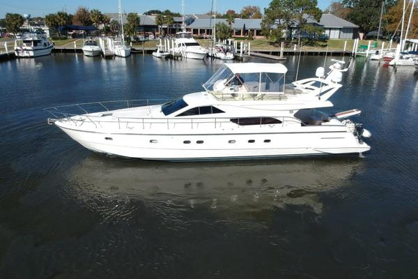 2001 Ferretti Yachts 57' 57 Motor Yacht Whine Cooler | Picture 4 of 70