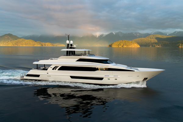 Crescent Custom Fast Pilothouse Yacht