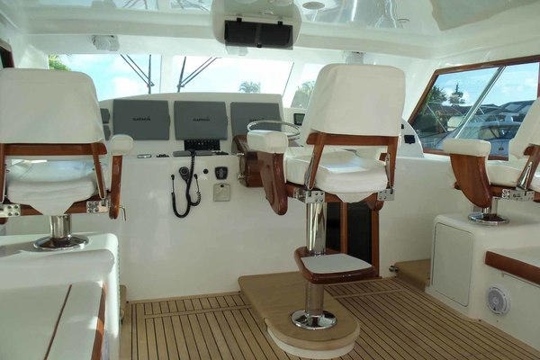 Picture Of: 47' Jersey Cape Hardtop Express SF 2013 Yacht For Sale | 2 of 83