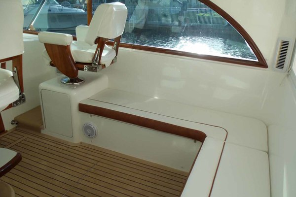2013 Jersey Cape 47' Hardtop Express SF CAP'N CRUNCH | Picture 3 of 83