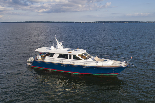Hunt Yachts 68' 2008 | DIAMANTE