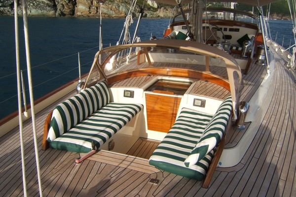 1999 Vitters 93' Performance Cruiser CARMELLA  | Picture 6 of 28