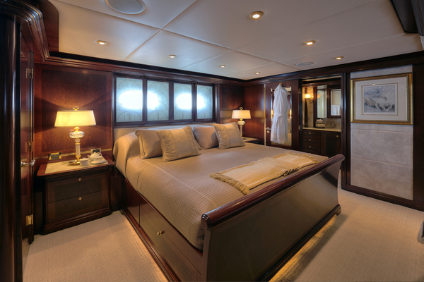 2005 Trinity Yachts 161' Motor Yacht ZOOM ZOOM ZOOM | Picture 3 of 32