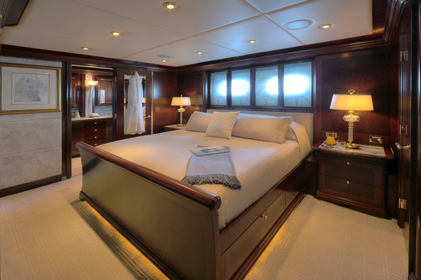 2005 Trinity Yachts 161' Motor Yacht ZOOM ZOOM ZOOM | Picture 5 of 32