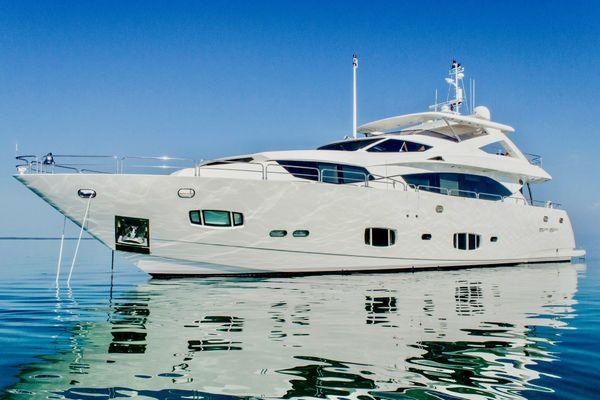 98' Sunseeker 98 Yacht 2010 | Emrys