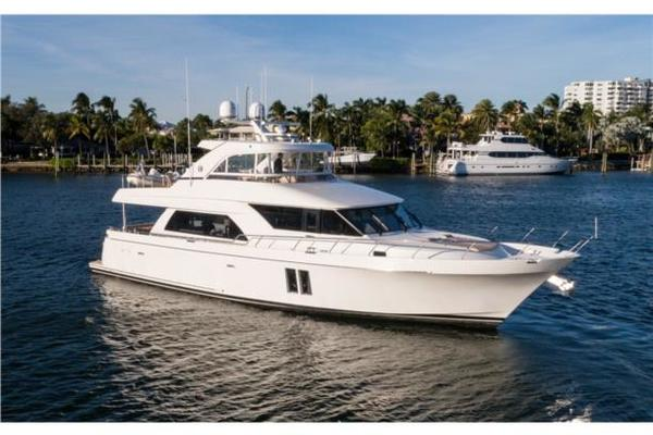 72' Ocean Alexander Pilothouse Motor 2016 | Journey