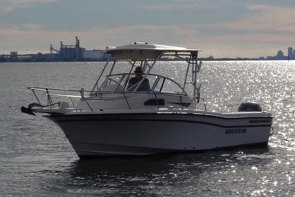 2003 Grady-White 228 Seafarer