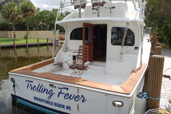 47' Cape Fear Sport Fisherman 2010 | Trolling Fever